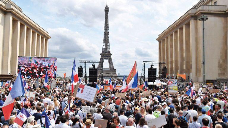 Photo of تظاهرات في أوروبا وأستراليا ضد قيود «كوفيد-19»
