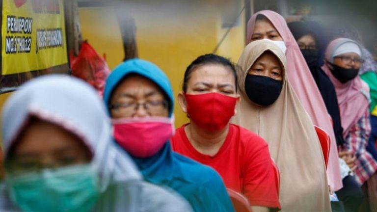 Photo of إندونيسيا تمدد القيود حتى 2 أغسطس