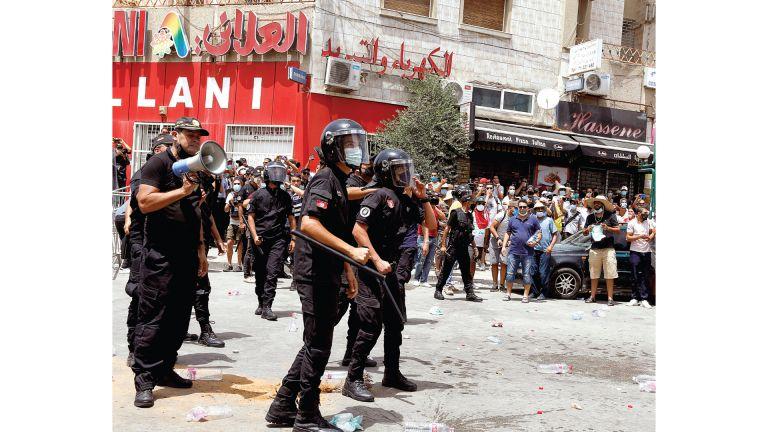 Photo of الغنوشي يدعو التونسيين للوحدة