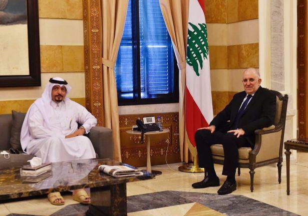 Photo of وزير الداخلية والبلديات اللبناني يجتمع مع سفير قطر