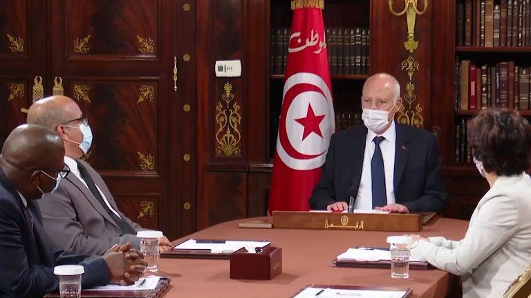 Photo of تونس: سعيّد يُمدد تجميد البرلمان