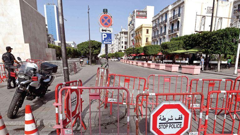 Photo of تونس: 45 قاضيًا يدعون سعيّد للتراجع