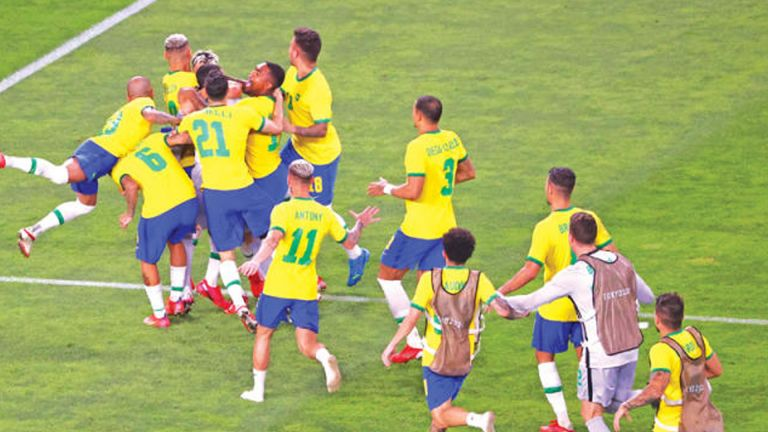 Photo of البرازيل وإسبانيا في نهائي القدم