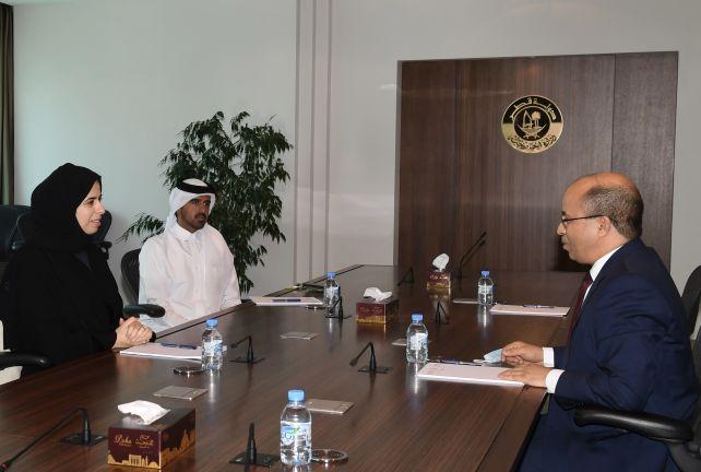 Photo of مساعد وزير الخارجية تجتمع مع السفير التونسي