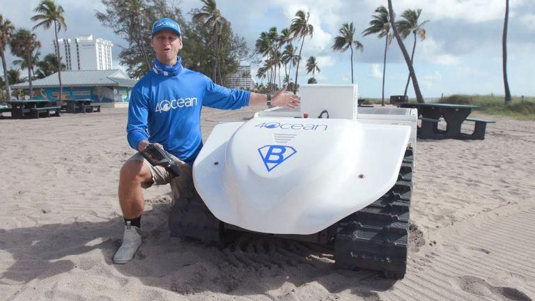 Photo of الروبوتات تنظّف السواحل في فلوريدا