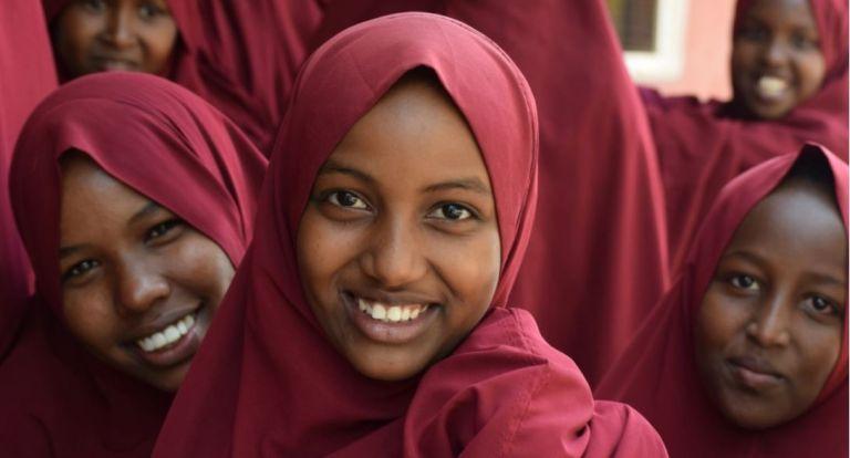 """Photo of التعليم فوق الجميع وتحالف """"جافي"""" يطلقان مشروعين للتحصين والتعليم في إفريقيا بدعم من صندوق قطر للتنمية"""
