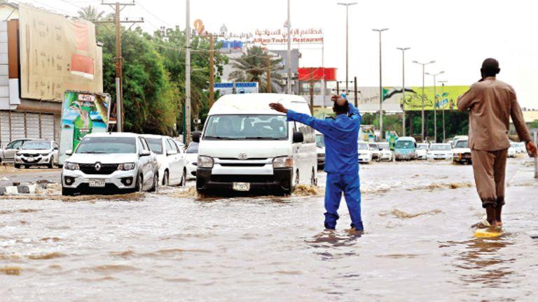Photo of تضرر آلاف المنازل جراء الفيضانات بالسودان