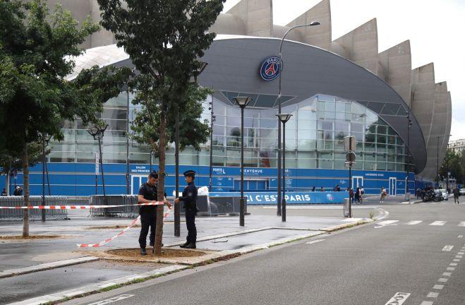 Photo of انتعاش أسهم القطاع الكروي في فرنسا بسبب ميسي