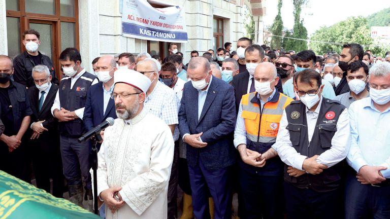 Photo of أردوغان يتعهد بإعمار المناطق المتضررة بالسيول