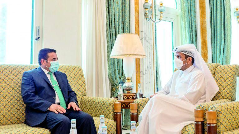 Photo of نائب رئيس الوزراء يستعرض العلاقات مع مستشار الأمن القومي العراقي