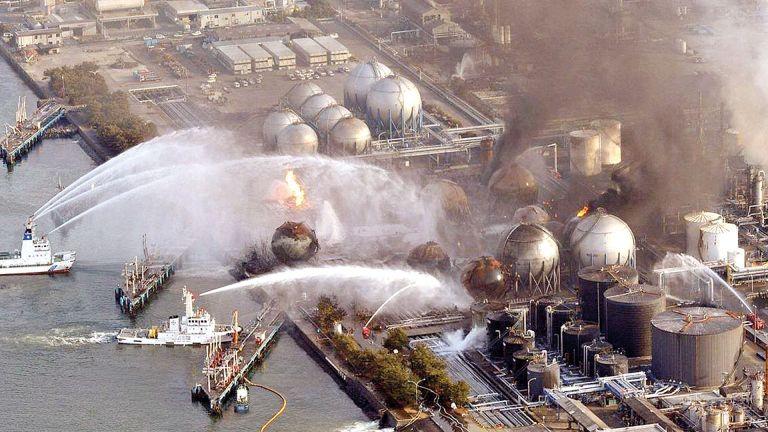 Photo of انبعاث دُخَان من محطة نووية في اليابان