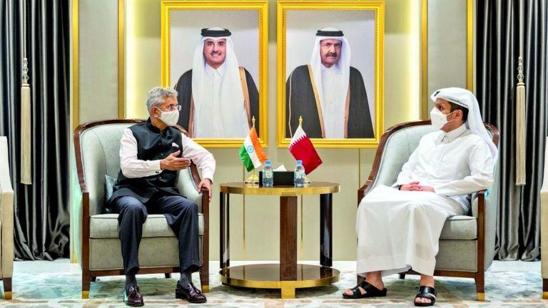 Photo of قطر والهند تبحثان التطورات الأفغانية