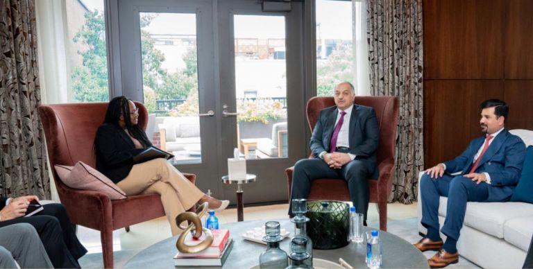 Photo of نائب رئيس مجلس الوزراء وزير الدولة لشؤون الدفاع يجتمع مع وكيل وزارة الخارجية الأمريكية
