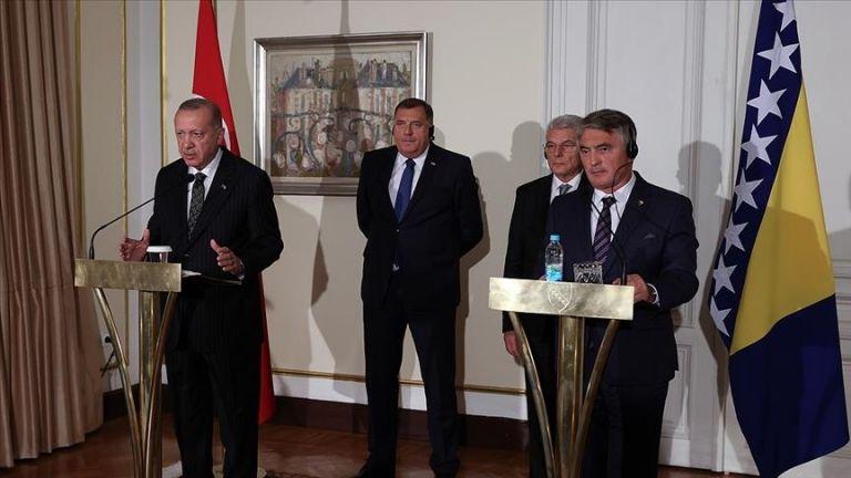 Photo of أردوغان يحذر من عواقب ترك أفغانستان لتنظيمات إرهابية