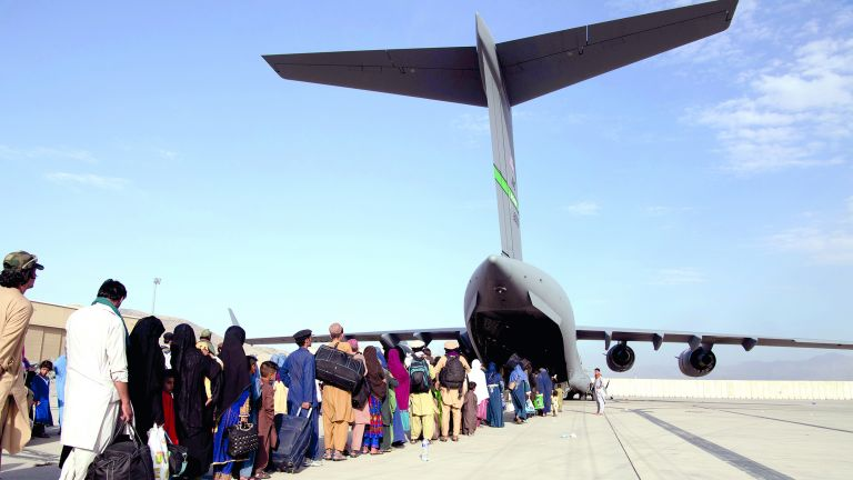 Photo of طالبان لـ الجزيرة: سنطلب من قطر المساعدة في إدارة مطار كابول