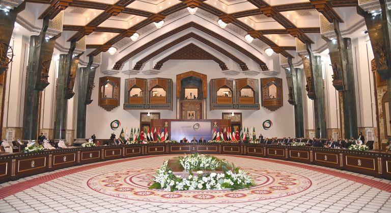 Photo of البيان الختامي لمؤتمر بغداد يؤكد على دعم جهود العراق في إعادة الاعمار وتعزيز مؤسسات الدولة