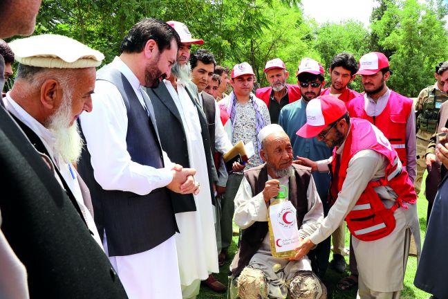 Photo of الهلال الأحمر القطري يطلق استجابة إنسانية عاجلة لإغاثة أفغانستان