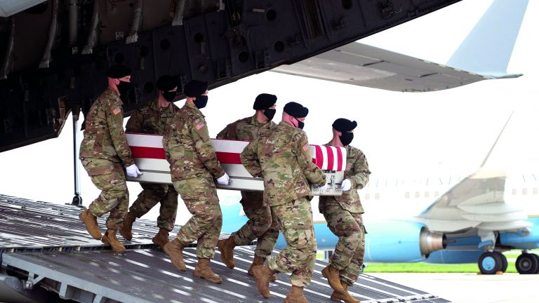 Photo of واشنطن تحبط هجومًا انتحاريًا لداعش في كابول