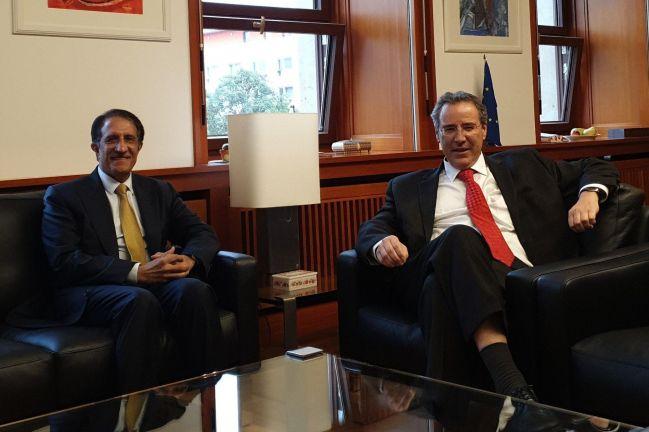 Photo of وكيل وزارة الخارجية الألمانية يجتمع مع سفيرنا في برلين