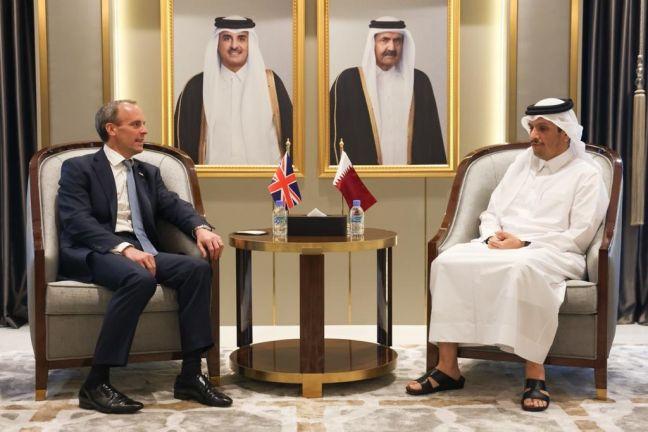 Photo of وزير الخارجية يجتمع مع وزير الخارجية والتنمية البريطاني