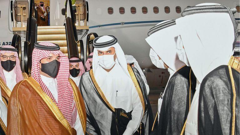 Photo of رئيس الوزراء يتقدم مستقبلي وزير الداخلية السعودي