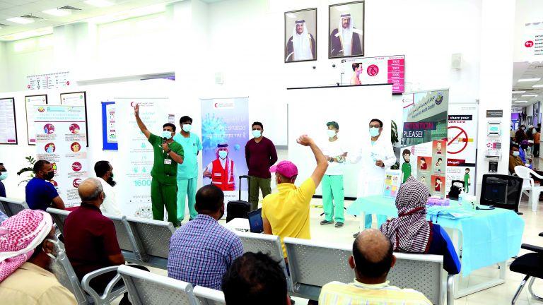 Photo of الهلال الأحمر ينشر الوعي الصحّي بين العمال