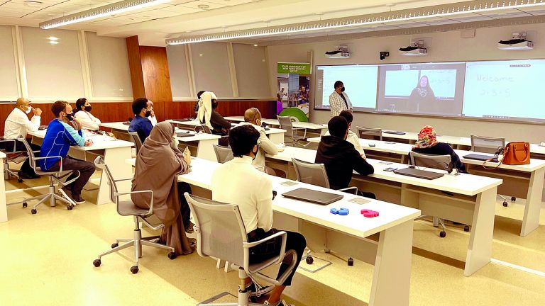 Photo of جامعة «نيويورك» تؤهل الطلبة للدراسة في قطر وأمريكا