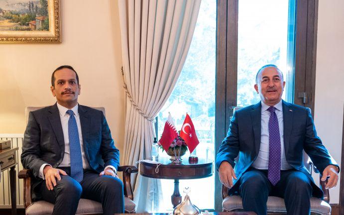 Photo of نائب رئيس مجلس الوزراء وزير الخارجية يجتمع مع وزير الخارجية التركي