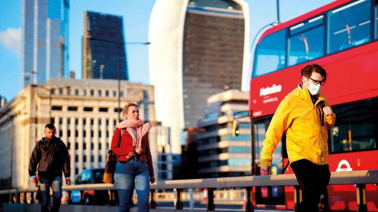 Photo of وزير النقل البريطاني: لا نقص في الوقود