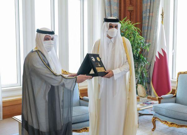 Photo of صاحب السمو يستقبل محافظ بنك الكويت المركزي