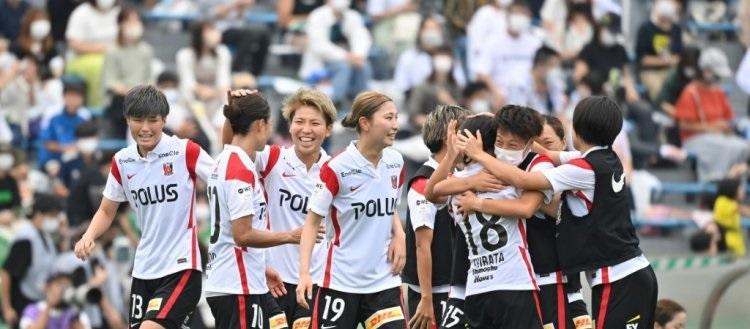 Photo of اليابان تطلق أول دوري للسيدات المحترفات لكرة القدم