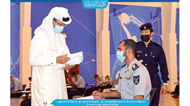 Photo of بدء الامتحانات النهائية لمرشحي الدفعة الرابعة بكلية الشرطة