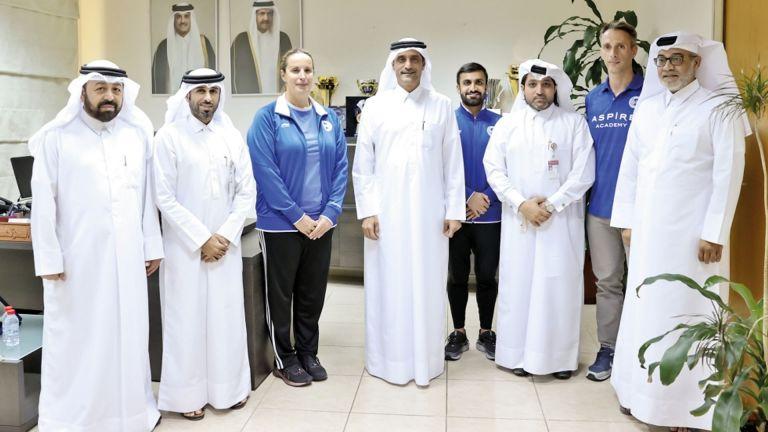 Photo of اتحاد السباحة يكرّم خبراء أسباير