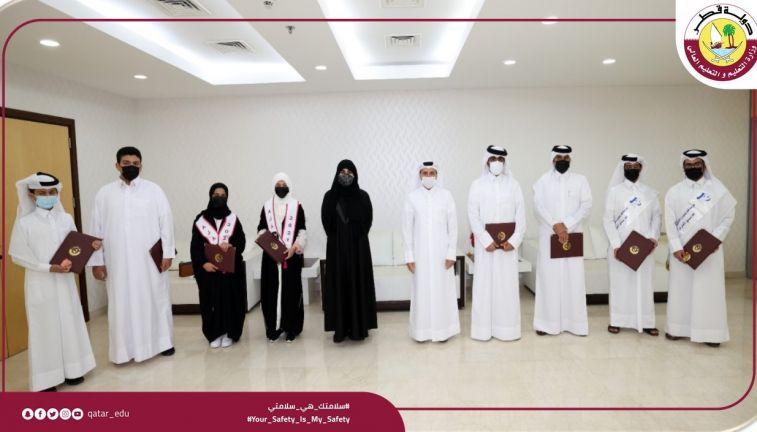 Photo of قطر تهتم بالإنجاز في مجال الابتكار والبحوث ومناهجنا الحديثة تركز عليه