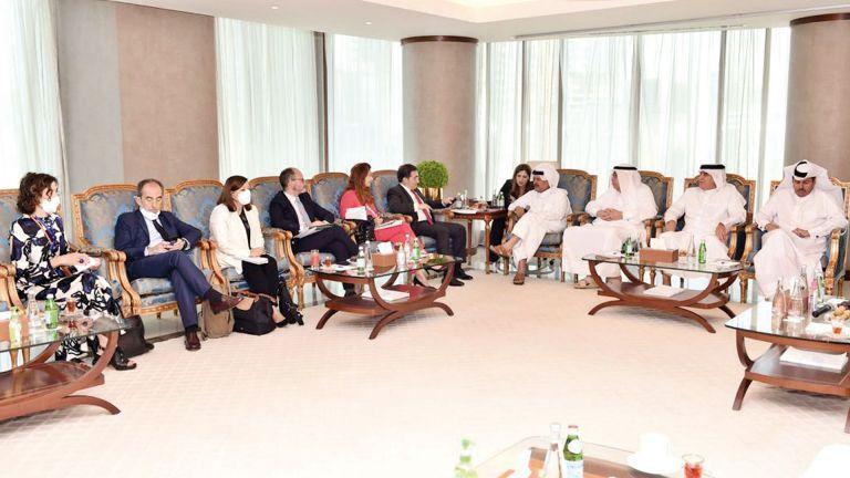 Photo of قطر تعزّز الشراكة الاقتصاديّة مع إسبانيا