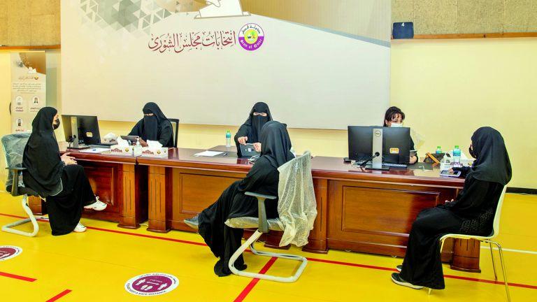Photo of المشاركة الفاعلة للمرأة تبشّر بنجاح انتخابات الشورى