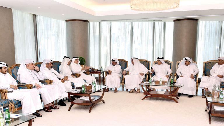 Photo of آفاق واعدة لتطوير الاستثمارات بين قطر والسعودية