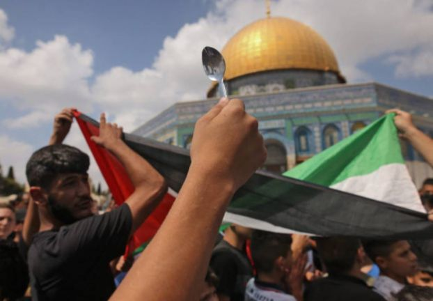 Photo of الملعقة رمز لعملية فرار المعتقلين الفلسطينيين الستة