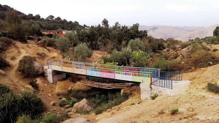 Photo of نشطاء تونسيون يعيدون بناء جسور جندوبة التاريخية