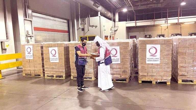 Photo of وصول سادس طائرة مساعدات قطرية إلى أفغانستان