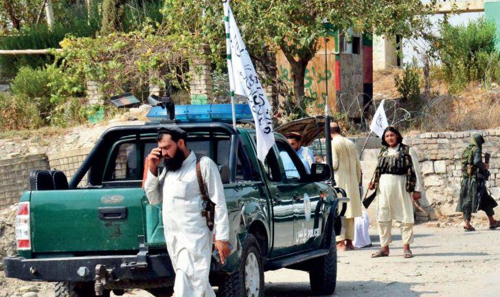 Photo of 3 تفجيرات تهز جلال أباد الأفغانية