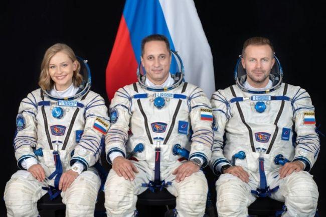 Photo of روسيا تعلن عن تصوير فيلم كامل في الفضاء