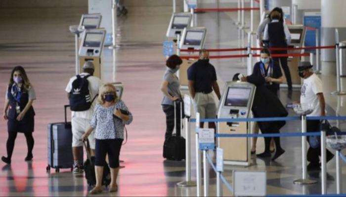 Photo of أمريكا تخفف قيود السفر أمام الأجانب قريبا