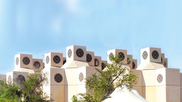 Photo of مركز متقدم لكلية الآداب والعلوم في تصنيف التايمز