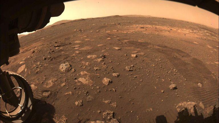 Photo of باحثون يكشفون سبب اختفاء الماء من المريخ