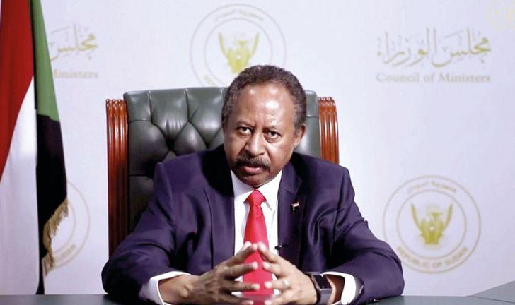 Photo of حمدوك: تحديات تواجه الانتقال السياسي بالسودان