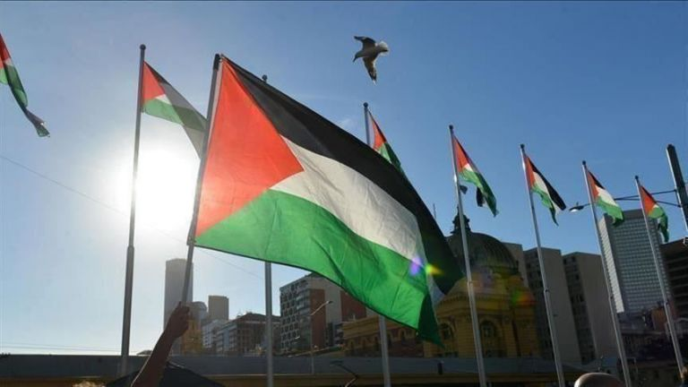 Photo of الرئاسة الفلسطينية تدين جريمة قتل الاحتلال لخمسة مواطنين في القدس وجنين