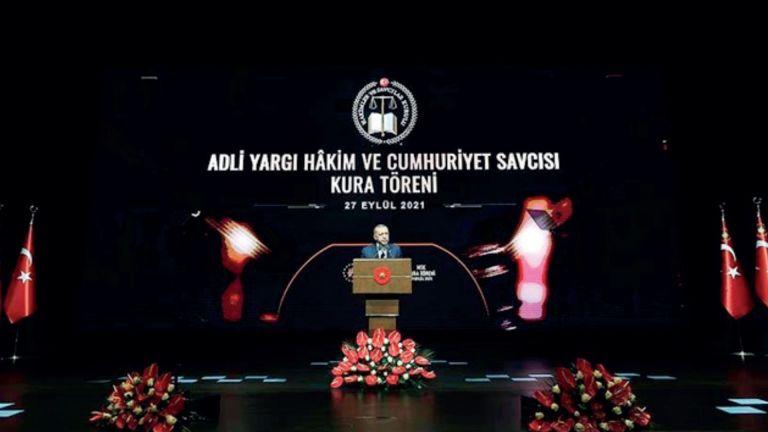 Photo of أردوغان: الحقوق والحريات أساس النهضة الاقتصادية