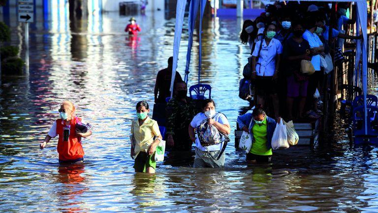 Photo of 6 قتلى بفيضانات في تايلاند