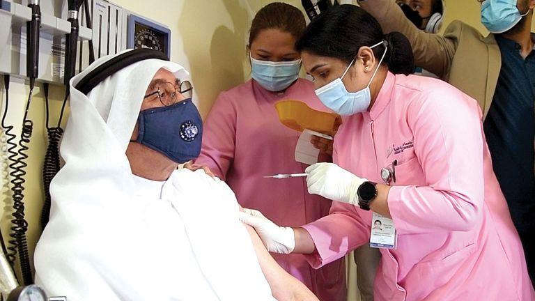Photo of جرعة معزّزة من اللقاح للأفراد بعمر 50 عامًا فما فوق